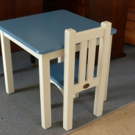 kids-table-chairs-4